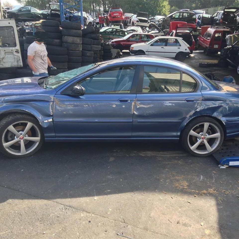DESPIECE DE JAGUAR X TYPE