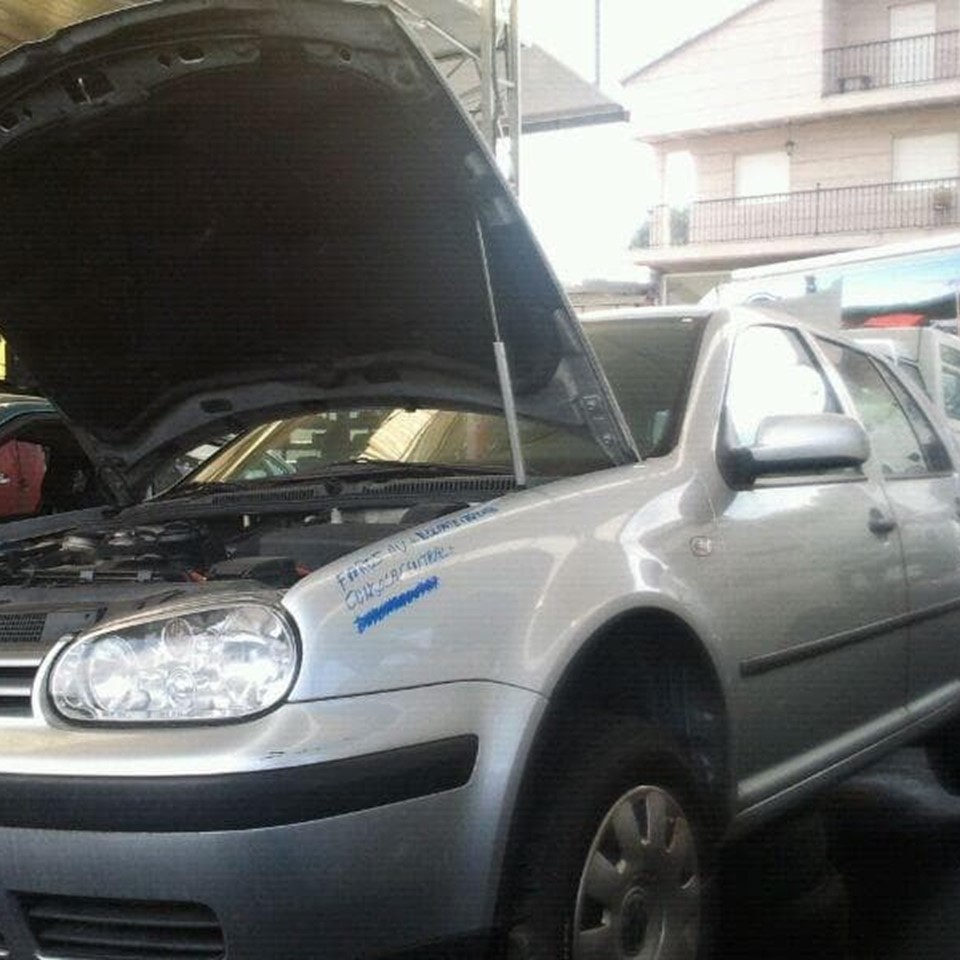 DESPIECE DE VW GOLF SERIE IV